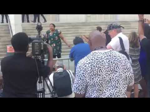 Eric Garner's Daughter Goes HAM!! on Media and WS over decision not to charge her fathers killer